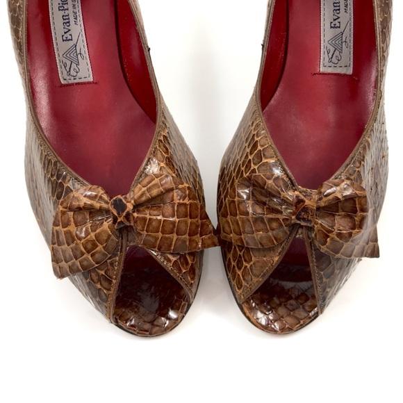 e9c73c6f4af60 1970's EVAN PICONE Brown snakeskin peep toe shoes